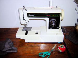 Sewing_machine_sonata_by_jo_ann